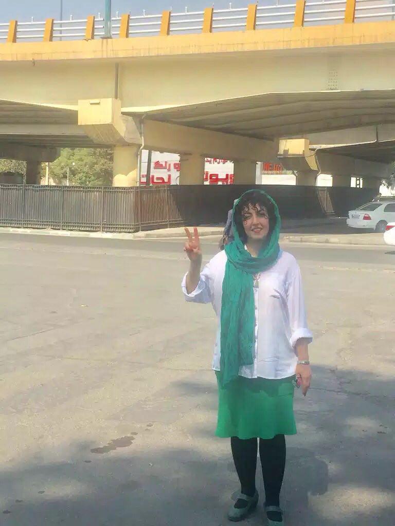 نرگس محمدی برای ۷۲ ساعت به مرخصی آمد