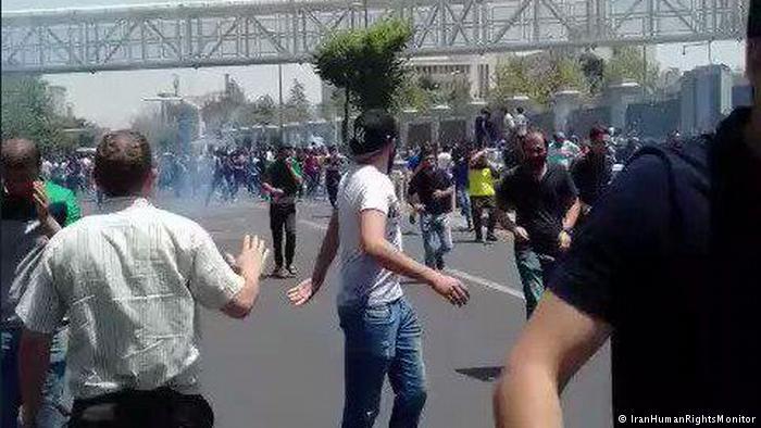 دیدهبان حقوق بشر: ۳۰ نفر در تظاهرات اخیر ایران کشته شدهاند
