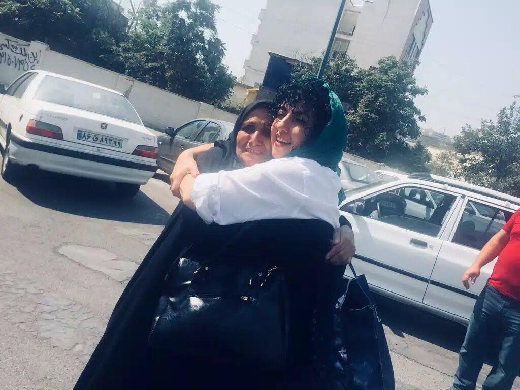 نرگس محمدی به زندان بازگشت